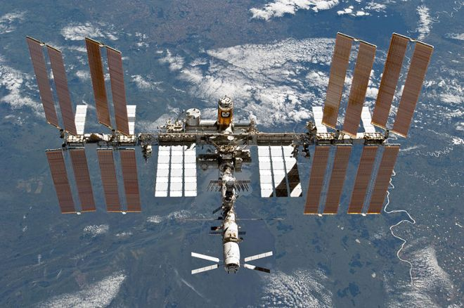 International Space Station (photo credit: wikimedia commons)