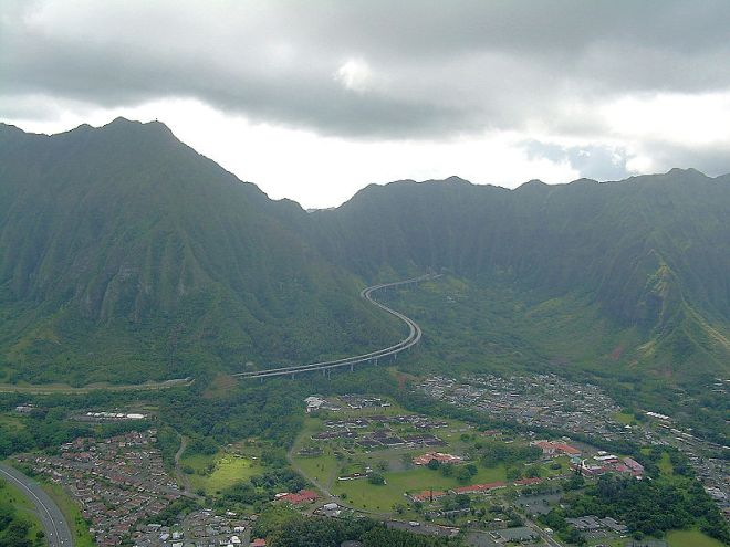 Ko'olau Mountains of O'ahu (photo credit: wikimedia commons)
